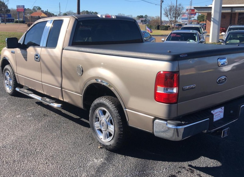 2005 Ford F-150-5