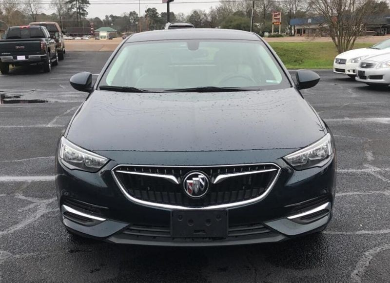 2018 Buick Regal-2